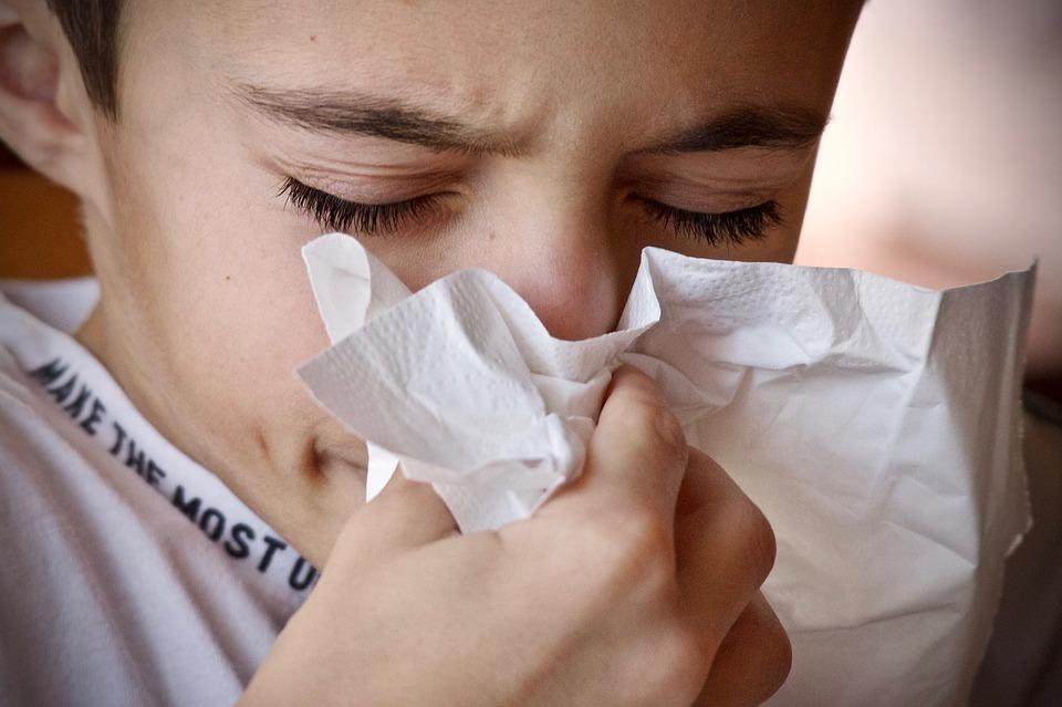 sprej za oči za alergije